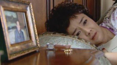 美女梦见自己的女儿丢了,直接被哭醒,真是心疼