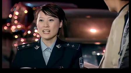 曾小贤要搭警车去电视台,结果被认为是毕福剑,这下就搞笑了