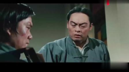 日本人小瞧中国人,看李小龙怎么教训他
