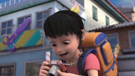 赵琳在拍小学的照片,光头强的车差点撞到她,她让光头强减速慢行
