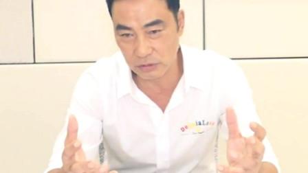 香港:拍戏弃掉导盲犬拍档生气两星期!这是任达华出院的第一个专访吧