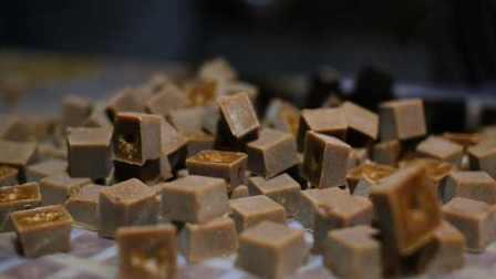 东方巧克力!云南纯手工红糖,100%甘蔗原汁古法熬制