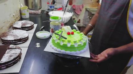 手工达人自制生日蛋糕,不仅美观而且美味!网友:太厉害了