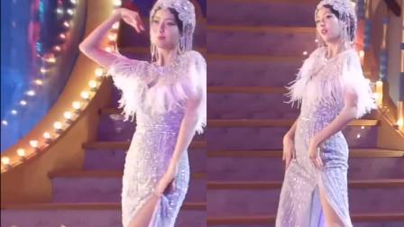 佟丽娅扭水蛇腰露美腿热舞妖娆妩媚的模样让人太惊艳