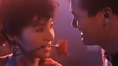 义胆红唇:周润发与恬妞同台共舞,一对帅哥美女画面太养眼