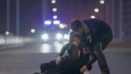 男保姆碰到路上发生车祸,前去救美女司机,自己竟交了桃花运