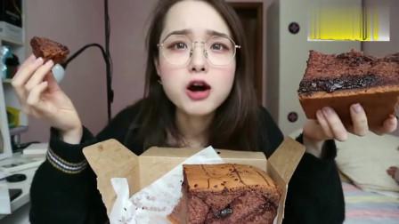 上海美女吃播巧克力爆浆蛋糕配泡芙,看得我直流口水,好想吃一口