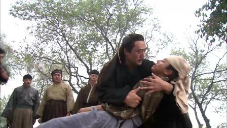 少林僧兵:少船主把武僧的脚筋砍断了,公报私仇,太狠了