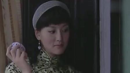 剑谍:方滔在洗相片,美女一推门方滔一天全白干了,怒怼美女