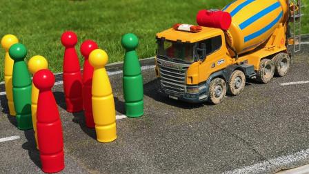 牵引车玩具帮助混凝土搅拌车运输汽油