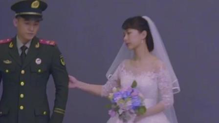 烈火英雄 杨紫 欧豪 拍婚纱照,一个小害羞一个积极主动,这一段真的好甜!