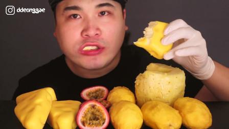 """韩国donkey吃播:""""奶酪蛋糕+芒果+菠萝+百香果"""",小伙吃得真香"""