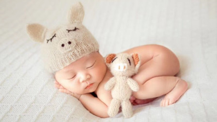 """宝宝出生后,每天让他""""趴一趴"""",可以收获这么多的好处!"""