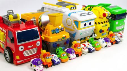 超级飞侠和泰路小巴士玩具一起玩捉迷藏游戏过家家
