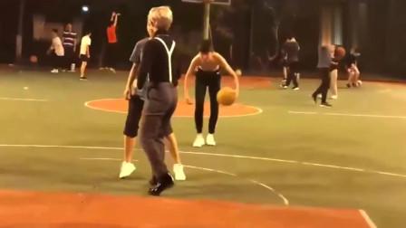 """""""坤式""""篮球,没见过的进来了解一下"""