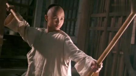 少年黄飞鸿之铁马骝:女侠大战武林败类,想不到中了敌人的迷药,幸亏小孩及时出手了