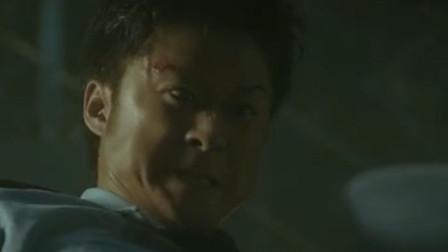 这才是吴京的演技巅峰,眼神自带杀气的他,完美诠释了什么叫悍匪