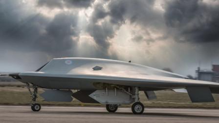 真的来了!俄最神秘猎人无人机现身,造型酷似美X47B!