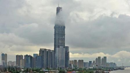 中国第一座高楼,高632米,耗资300亿,网友:厉害了我的国!