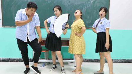 女同学教全班师生走模特步,没想一个比一个搞笑!老师走的更逗