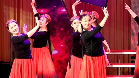 民族舞《花儿为什么这样红》--男博万视觉
