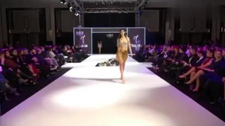 时装秀:宽松的裙摆,纯洁美丽,是不是你喜欢的款式?
