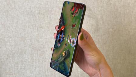 """199的""""小米手机""""开箱,上手那一刻:天呐,这么长还能打王者?"""