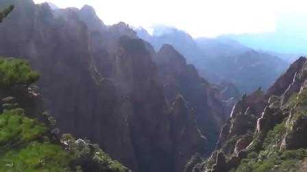 老外在中国:老外游中国黄山,天气很好