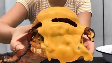 芝士就是力量 香浓奶酪芝士黄油培根火腿牛肉汉堡 浓郁芝士