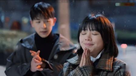 电视剧:邓伦和女助理,雪天浪漫牵手!邓伦马思纯,比杨紫更般配