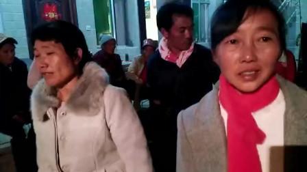 婚俗文化:云南临沧人结婚打歌跳脚!啊数瑟对唱