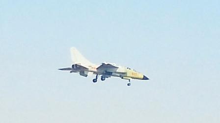 歼轰7B脱胎换骨然而一关键性能缺陷还是输给了歼16