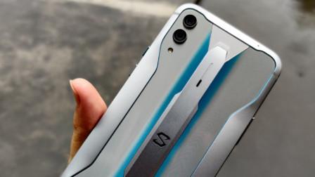 音质好玩的爽,黑鲨游戏手机2 Pro上手评测