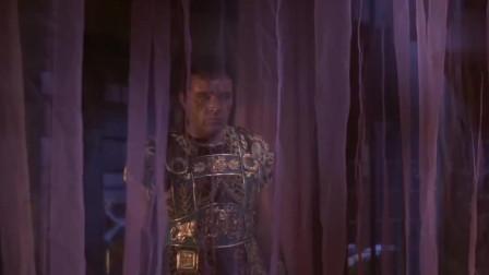 埃及艳后:看见埃及艳后的睡觉模样, 是个男人都忍不住!