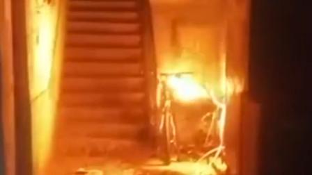 市民中元节烧纸祭亲人 引燃房屋烧光家产