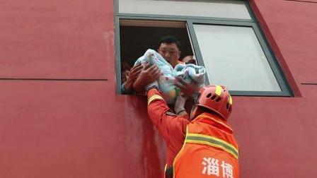 早安山东 2019 抢险救灾在行动 桓台:马桥镇多村被淹 各方力量紧急救援