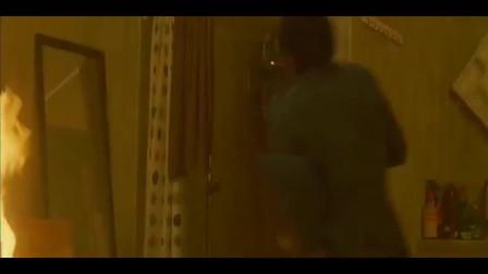 男儿本色:吴京这段跑酷视频,连成龙都称赞不已!