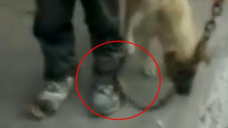 云南一9岁男童被家长用铁链锁脚 官方:孩子调皮教育不当 没被虐待