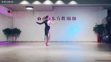 《百老汇》东方舞融合