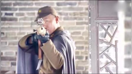鬼子的狙击手太菜了,被中国的猎户女孩,一枪爆头!