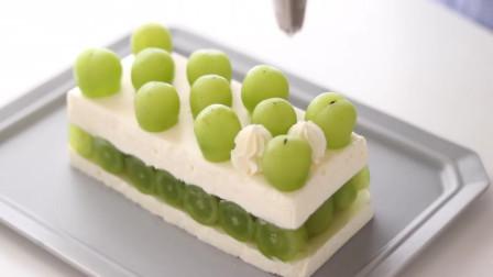 青葡萄芝士蛋糕 免烤 淡淡清香 冰冰凉凉 奶油丰富的芝士蛋糕