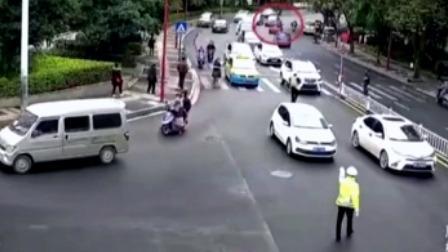 红绿灯 平安行 2019 广西柳州:伪造驾照车牌,司机两次冲卡连撞四车