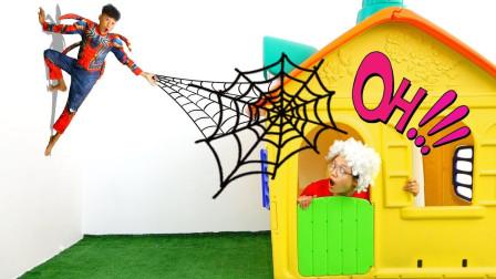太厉害!萌宝小正太怎么变成蜘蛛侠了?为何还爬到墙上了呢?儿童亲子趣味游戏玩具故事