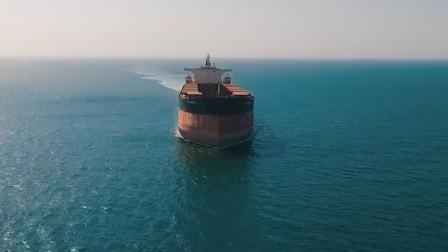 船员为何宁愿渴死都不喝海水?看到海水煮干后的残留物,就知道了