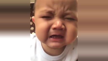 小宝宝被妈妈凶了一下,豆大的眼泪唰唰流,哭得好伤心啊