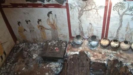 太原一工地挖出精美唐代壁画墓 墓葬的规格不一般