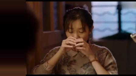 我不是药神:徐峥跑到兄弟家蹭饭,美女豪迈敬酒!