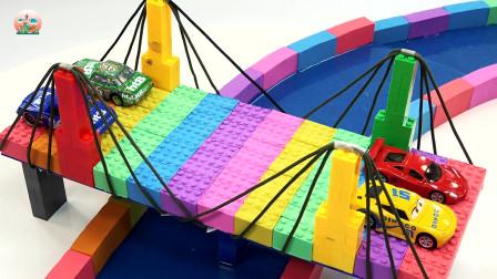 橡皮泥制作吊桥和民居房屋花园玩具