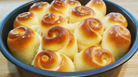 想吃蜂蜜小面包不用出去买了,教你在家做,金黄酥脆,3盘不够吃