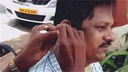"""印度采耳师,简单的一勺子下去,客人瞬间""""怀疑人生"""""""
